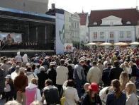 Праздник на Ратушной площади в Таллинне отмечают каждый год.