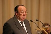Муртаза Рахимов выступает на съезде
