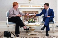 Тарья Халонен и Дмитрий Медведев во время встречи в Сочи