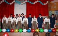 """Ансамбль народного танца """"Сувенир"""" из Эстонии на фестивале, 2008 г. Фото: finnougoria.ru"""