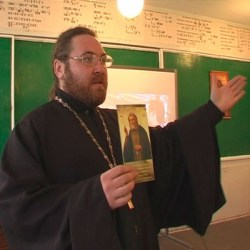 Школьникам Марий Эл навязывают православие