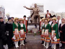 Открытие памятника Йыван Кырле