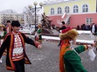 Церемония открытия памятника Йыван Кырле