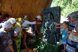 У монумента Акпатыру, 4 августа 2012 года