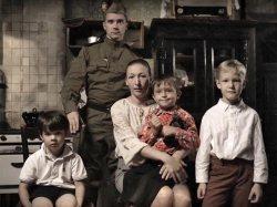"""Украинские и российские музыканты сняли антивоенный клип """"Женщины устали рожать солдат"""""""