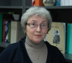 Автор учебника Нина Аасмяэ