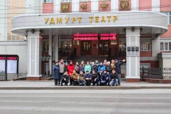 Mari_teatr_v_Udmurtii_01