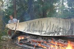 dugout-canoe-vepski-les