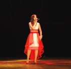 Виктория Исламова выступила с песней