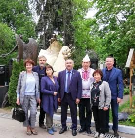 Памятное фото с А. Эшпаем и И.М. Тетериным
