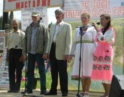 1_DSCN3389_АРСАК_ФОТО_ФЕСТИ_оргом на сцене Голубцев_8 ию 2013
