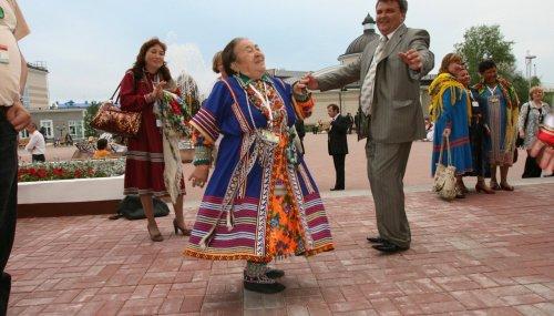 Tulataev_Handi-Mansi_kongressis
